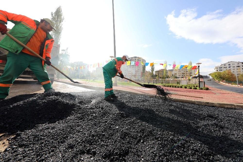Çankaya'dan 70 bin ton asfalt