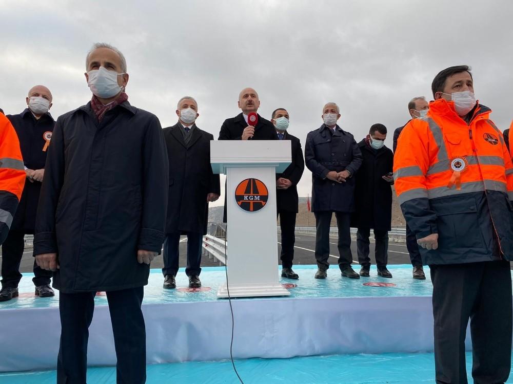 Cumhurbaşkanı Erdoğan, Karakurt-Horasan yolunun açılışını yaptı