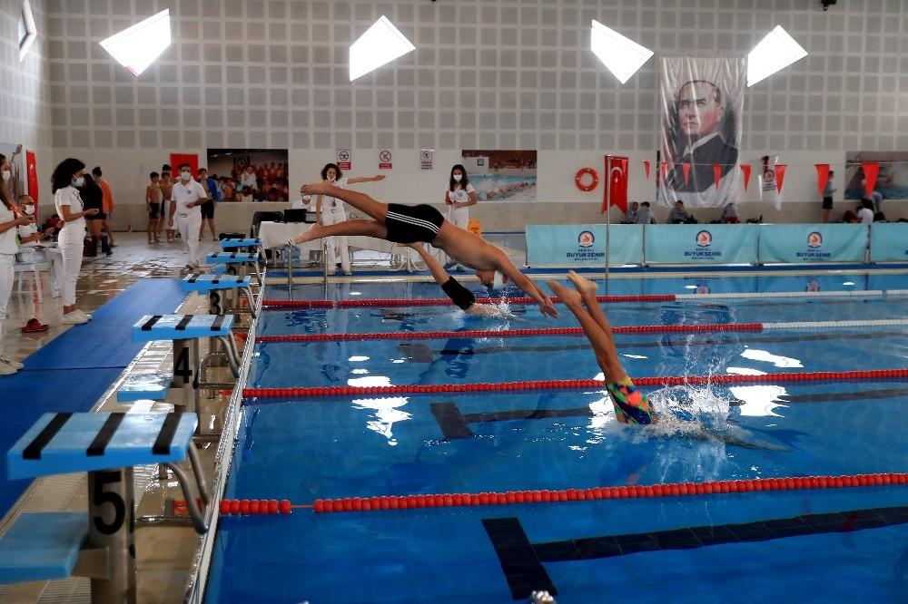 Denizli yüzme şampiyonasına ev sahipliği yapıyor