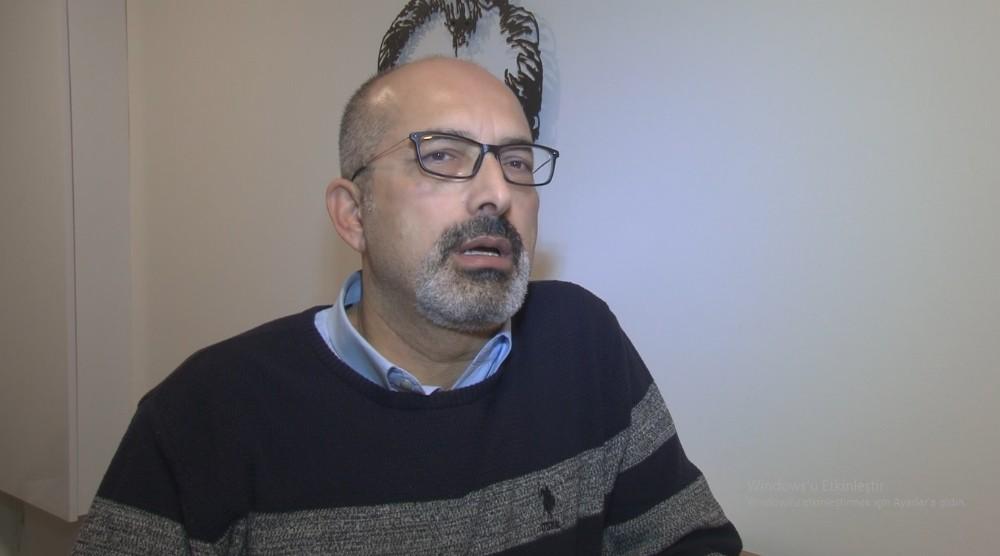 Urla'daki Depreme Röportaj Esnasında Yakalandı