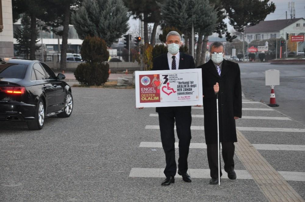 Dünya Engelliler Günü'nde farkındalık yürüyüşü