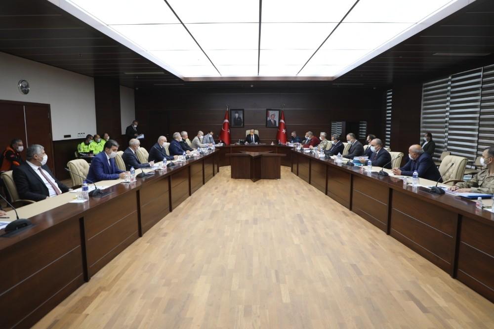 Elazığ'da 'Kış Tedbirleri' toplantısı