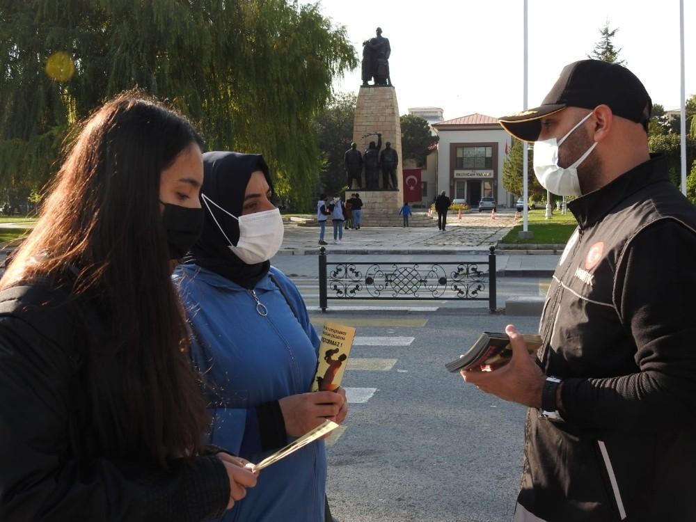 """""""En İyi Narkotik Polisi: Anne"""" projesi Erzincan'da hayata geçirildi"""