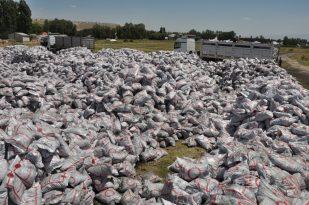 Erciş'te 24 bin aileye 32 bin ton kömür yardımı