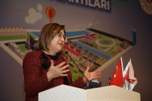 Fatma Şahin Yeşil Ekonomiye Dikkat Çekti