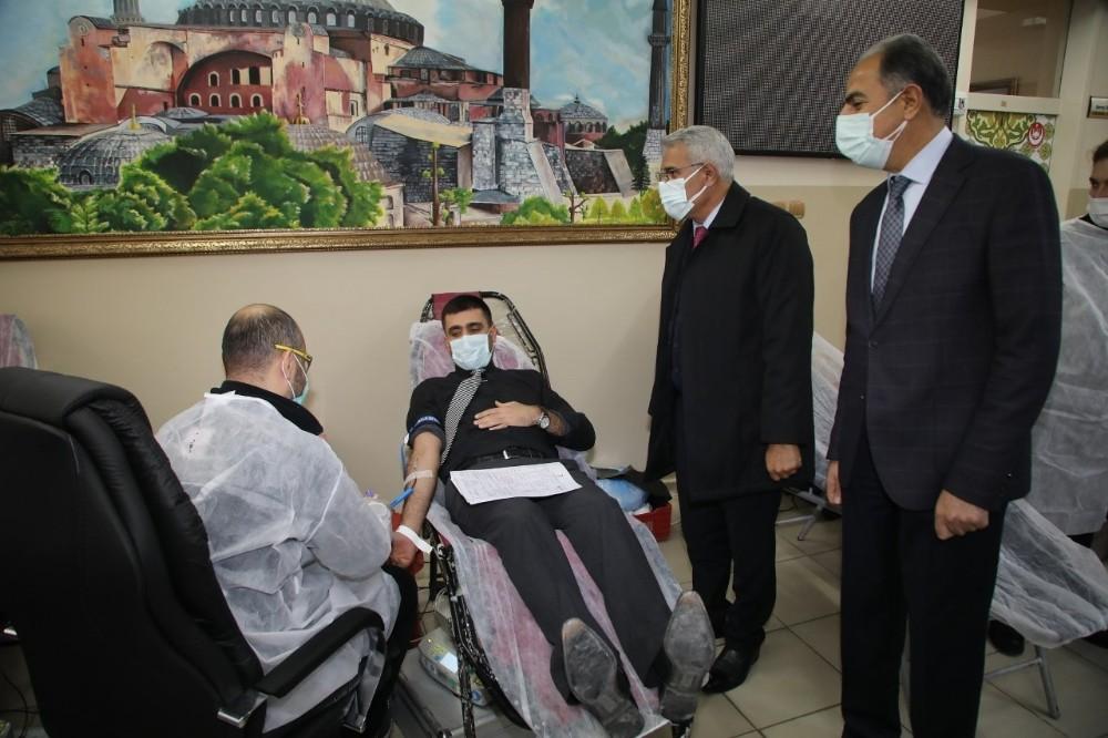 Güder'den kampanyaya destek ziyareti