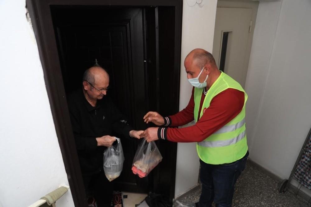 Hafta sonu kısıtlamasında vatandaşların ihtiyaçları bir bir karşılandı