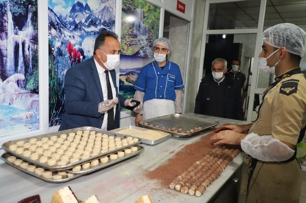 Hakkari'de pastane imalathaneleri denetlendi