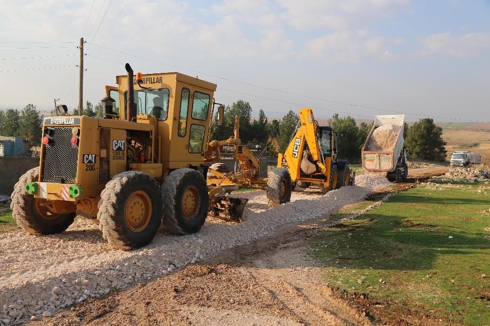 Haliliye Kırsalında Yeni Yapılan Yollar Hizmete Sunuluyor