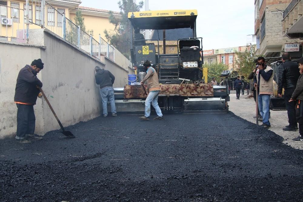 Haliliye'de sıcak asfalt çalışması