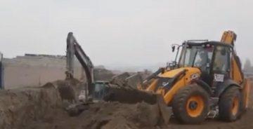 Iğdır'da başlatılan kanalizasyon ana kollektör hattı çalışmaları devam ediyor