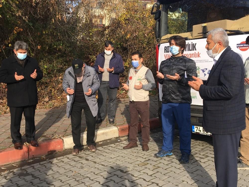 İHH yardım tırı Suriye için yola çıktı