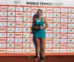 İpek Öz Antalya'da Şampiyon