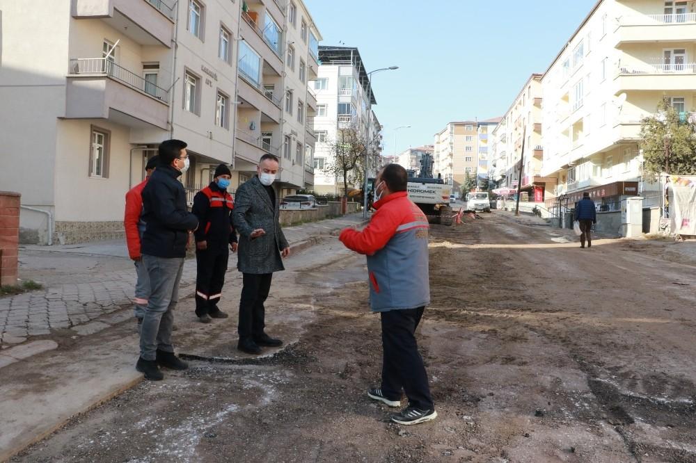 Issız sokakların çalışan işçileri