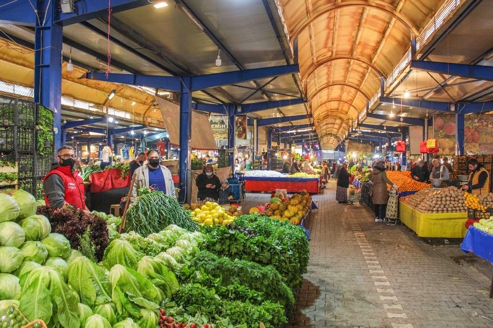 Karacabey'de pazar yerlerine karantina ayarı