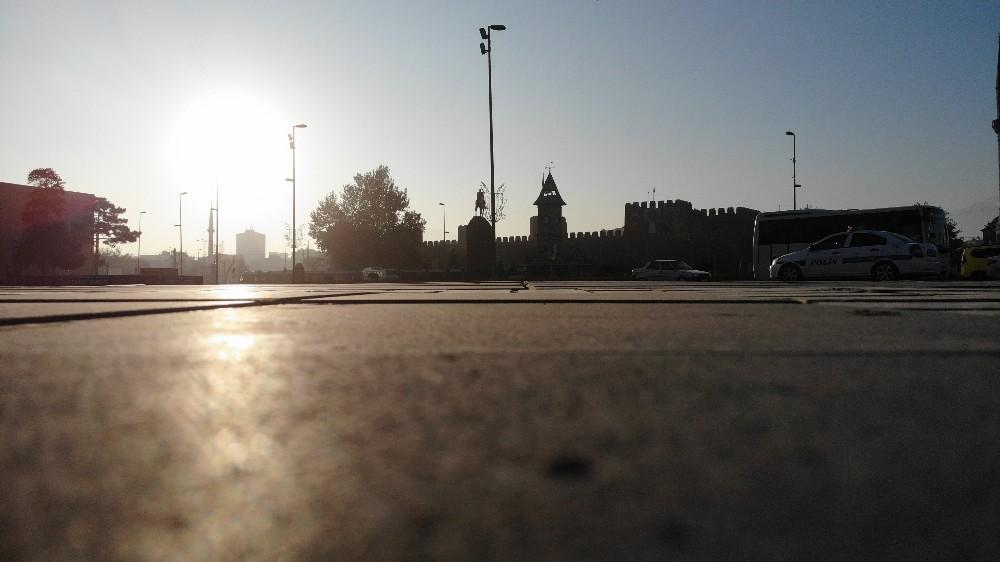 Kayseri'de kısıtlamanın ilk gününde cadde ve sokaklar