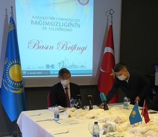 """Kazakistan Büyükelçisi Saparbekul: """"Kazakistan'ın ürettiği aşının 3. faz denemeleri başladı, başarılı olursa şubatta üretime başlayacağız"""""""