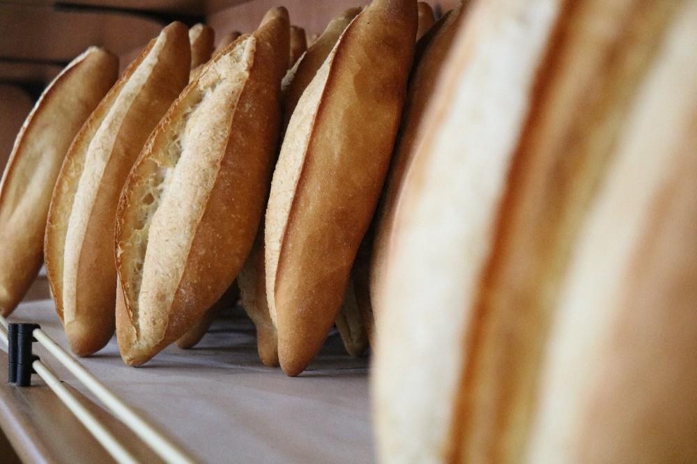 Kırşehir Belediyesi, günlük ortalama 8 bin ekmek üretiyor