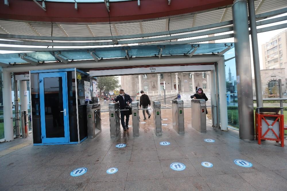 Kayseri'de Koronasız Güvenli Ulaşım için HES Kodu Hayata Geçti