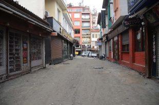 Kuşadası'nın ünlü Barlar Sokağı yenileniyor