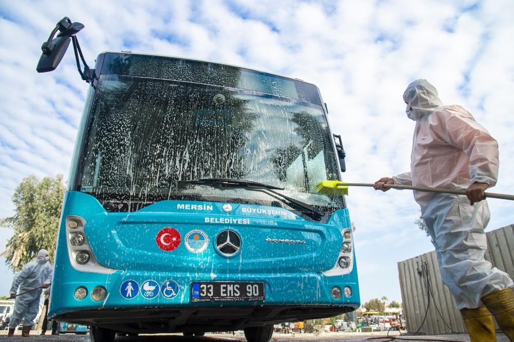 Mersin Büyükşehir Belediyesi 9 ayda 12 bin dezenfeksiyon işlemi yaptı