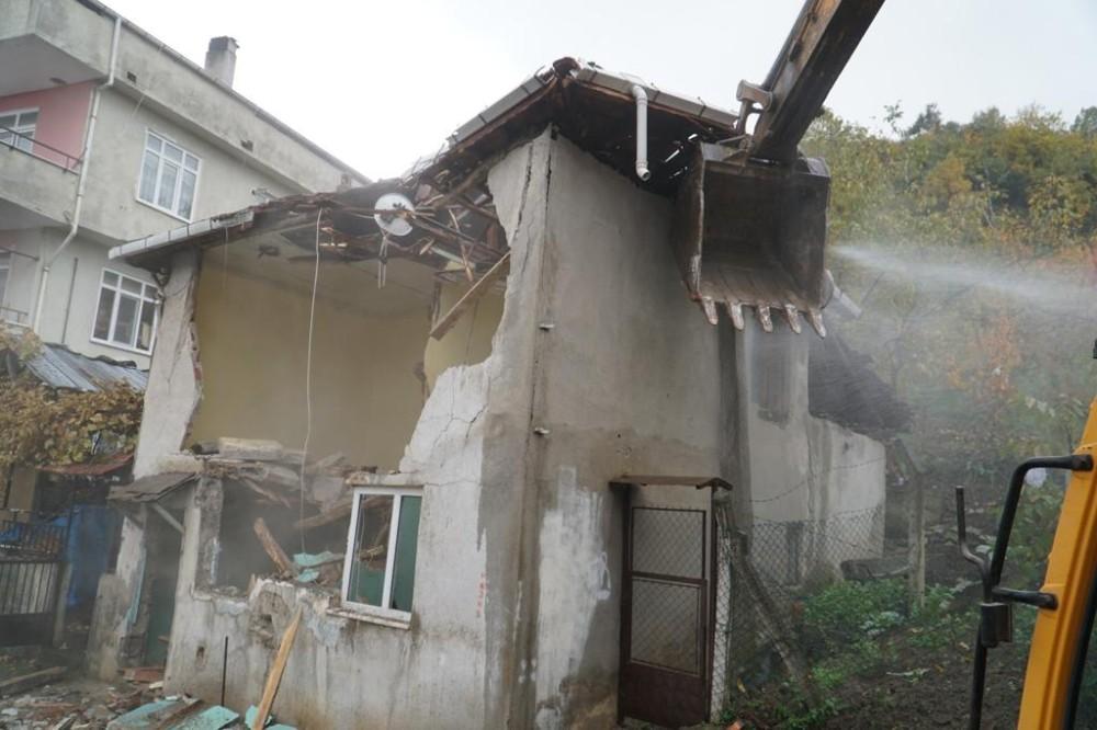 Bursa Yenişehir'deki Metruk Binalar Yıkılacak