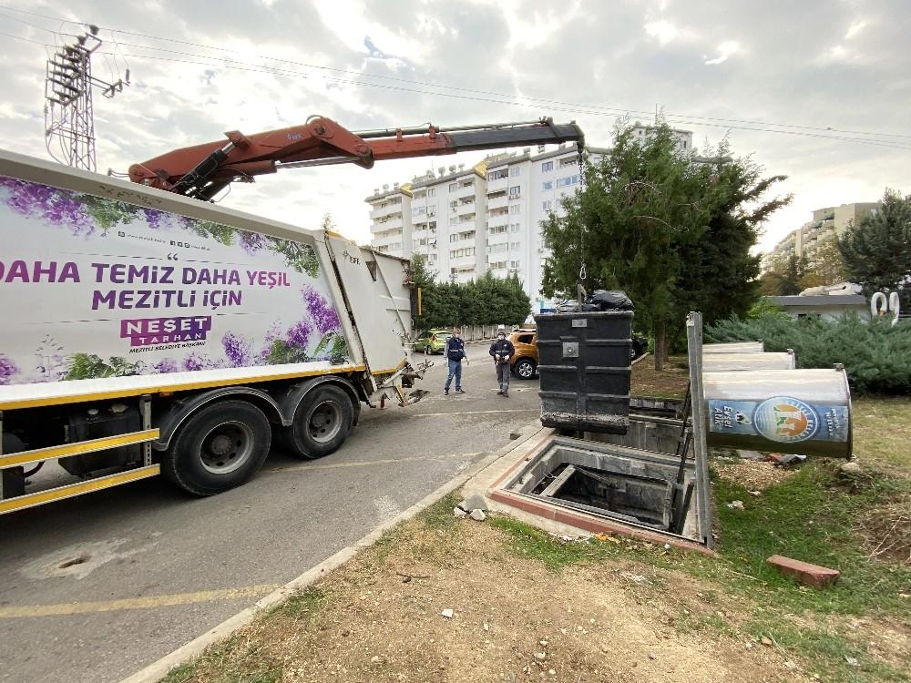 Mezitli'de Covid-19'a karşı robotik kollu konteyner sistemi
