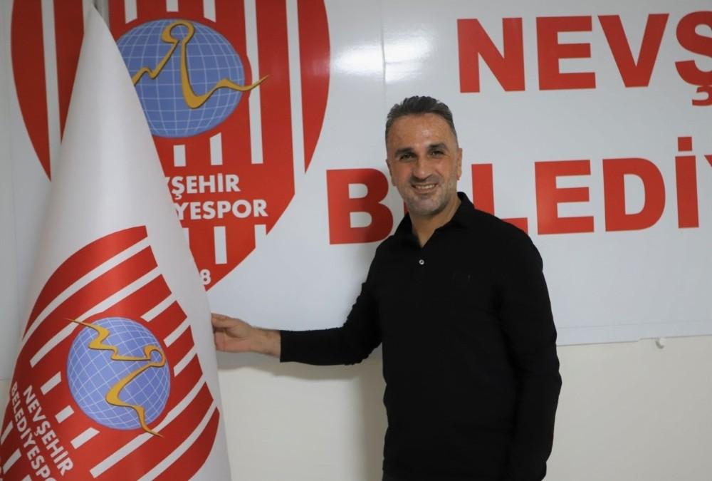 Nevşehir Belediyespor, Teknik Direktör Özgür Zengin ile anlaştı