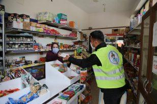 Pamukkale Belediyesinden esnaflara maske desteği