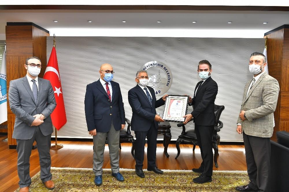 Pandemide dünya çapında güvenli kayak merkezi Erciyes