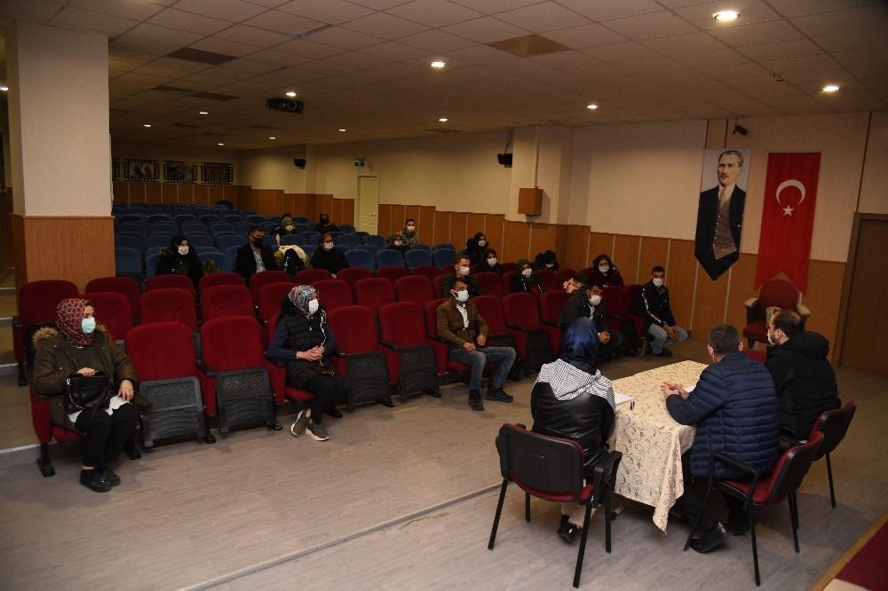 Pursaklar Belediyesi İstihdam Şefliği vatandaşlara iş kapısı aralıyor