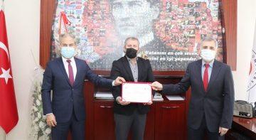 Sabuncuoğlu Şerefeddin Sağlık Hizmetleri MYO'ya sıfır atık yetki belgesi