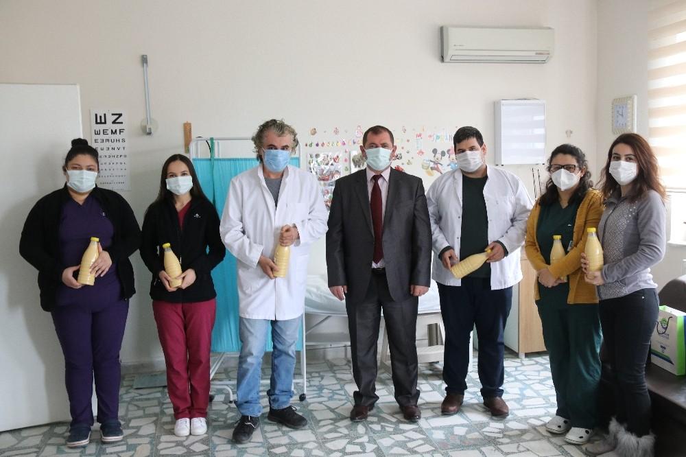 Sağlık çalışanlarına Velimeşe bozası ikramı