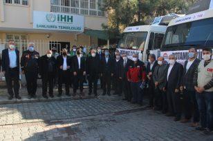 Şanlıurfa'dan Suriye'ye 2 tır yardım malzemesi gönderildi