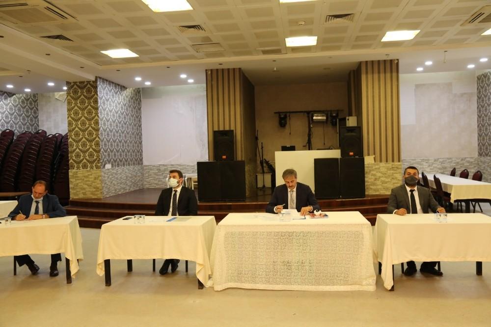 Serdivan Aralık ayı meclis toplantısı pandemi tedbirlerince gerçekleşti