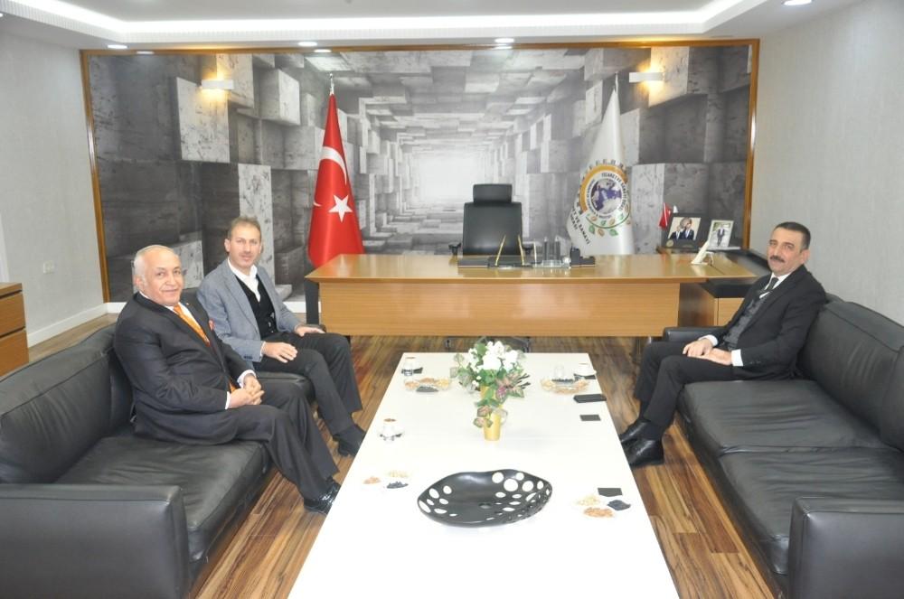 Siirt Valisi Hacıbektaşoğlu TSO yönetimi ile bir araya geldi