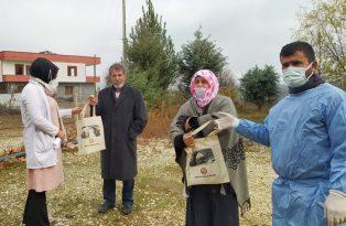 Silvan'da karantinada olan vatandaşlar düzenli olarak ziyaret ediliyor