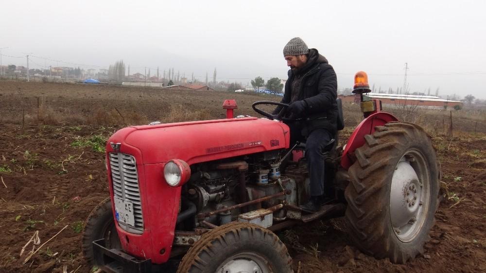 Sındırgı'da ata tohumu toprakla buluştu