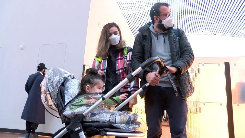 SMA hastası 1,5 yaşındaki Demir Ali, tedavi olmak üzere ABD'ye gitti