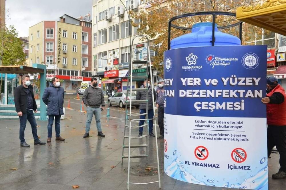 Sokaklarda dev dezenfektan çeşmeleri