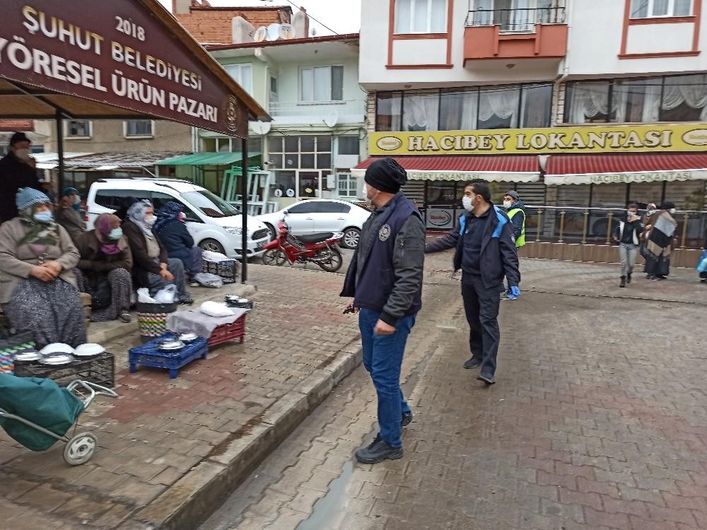 Şuhut'ta 'Yöresel Ürünler Pazarı'nda korona virüs denetimi