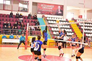 Elazığ Belediyesi Voleybol: 3 – Mehmet Akif Ersoy MTAL: 0