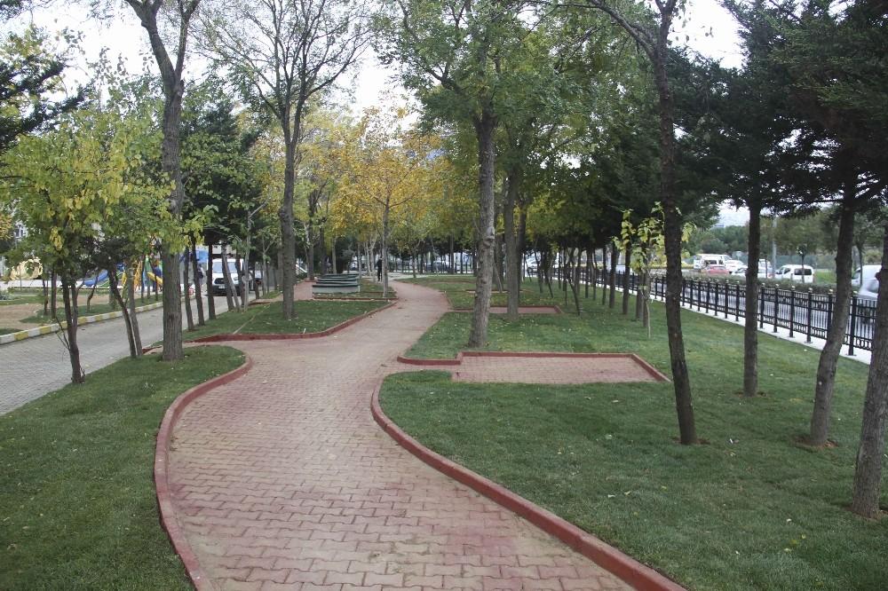 """""""Yeşil Odaklı Belediyecilik"""" anlayışı ile Kartal'da yeşil alan sayısı artıyor"""