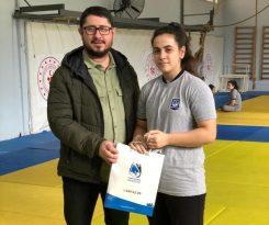 Yunusemre Belediyesinden başarılı judoculara ödül