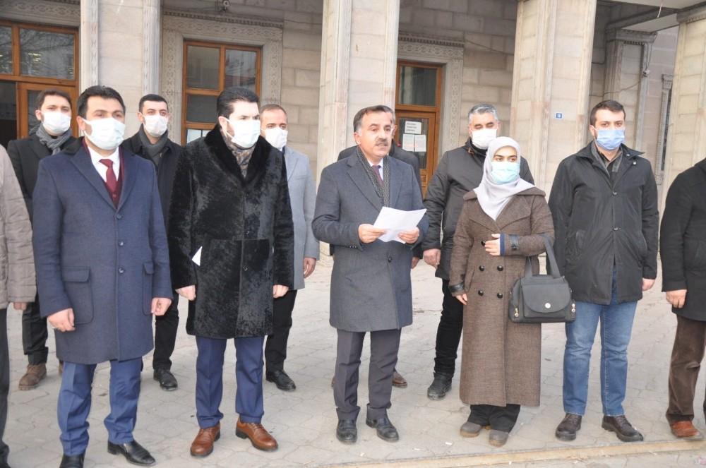 AK Parti Ağrı İl Teşkilatı, Fikri Sağlar, Can Ataklı ve İlker Başbuğ hakkında suç duyurusunda bulundu