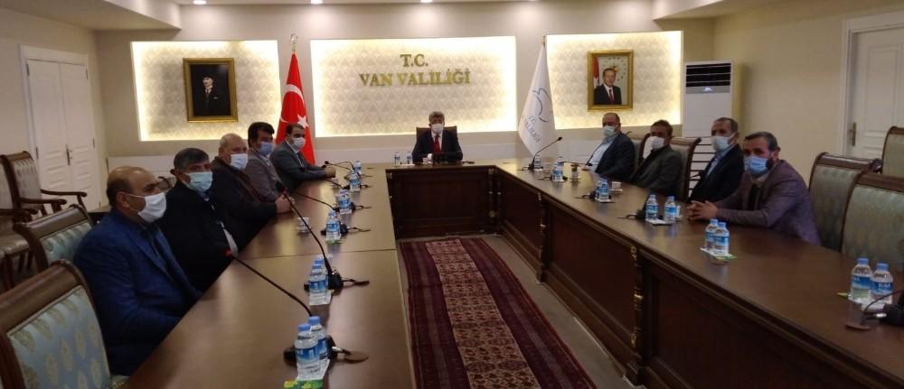 AK Parti heyetinden Vali Bilmez ve Emniyet Müdürü Karabağ'a ziyaret