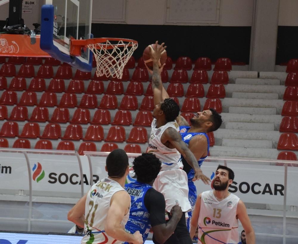 Aliağa Petkim Spor: 98 – Büyükçekmece Basketbol: 77