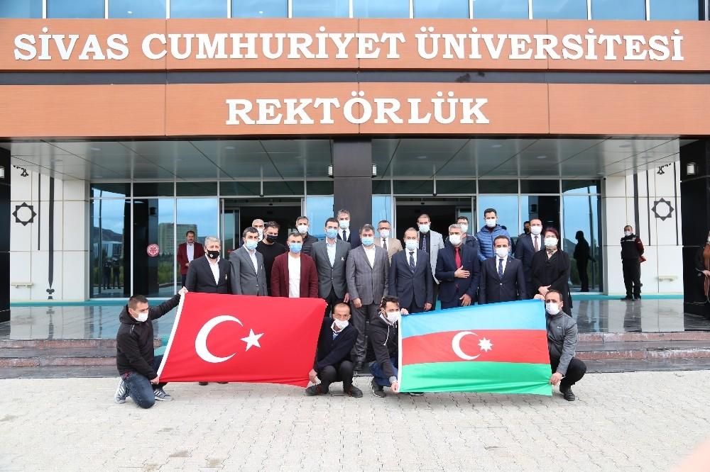 Azerbaycanlı 50 şehit ve gazi çocuğuna burs desteği