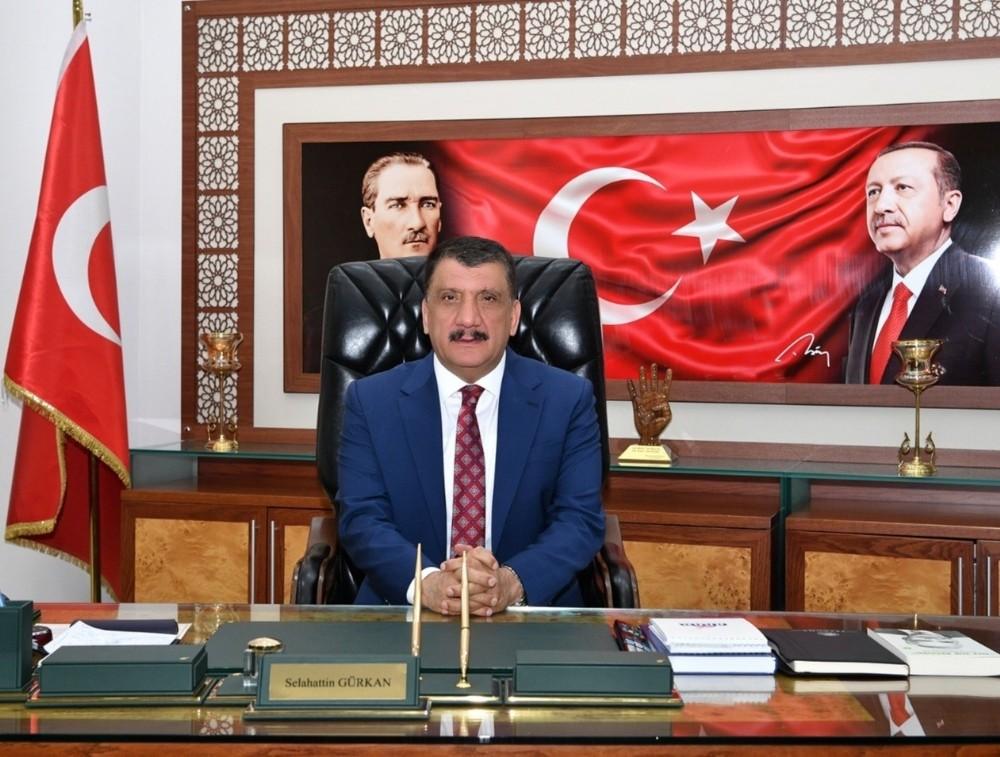 Başkan Gürkan 10 Ocak mesajı