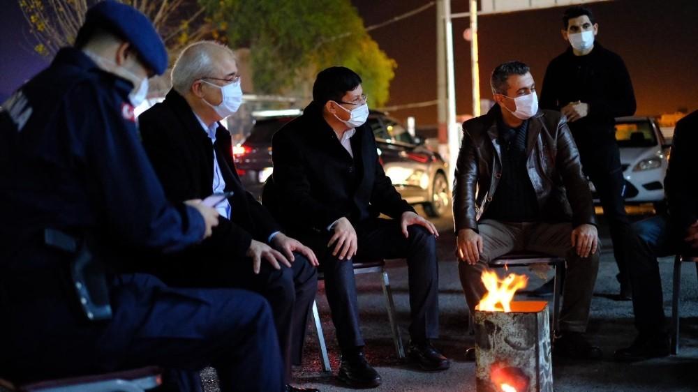 Başkan Özcan'dan görev başındakilere yılbaşı sürprizi